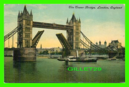 LONDON, UK - THE TOWER BRIDGE - ANIMATED WITH SHIP - TRAVEL - - London