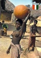Afrique-CÔTE D'IVOIRE  La Vie Au Village (nu Nue Seins Nus ) ( Agence Ivoirienne Cliché Chareton 7536)*PRIX FIXE - Côte-d'Ivoire