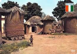 Afrique-CÔTE D'IVOIRE  Village SENOUFO  (bébé)( Agence Ivoirienne Cliché Chareton 7485)*PRIX FIXE - Côte-d'Ivoire