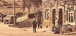 Stoumont - La Route Vers Spa (Arrêt De L'Autobus) (animée, Gendarme Pompe à Essence Moto Bus, Luma) - Stoumont