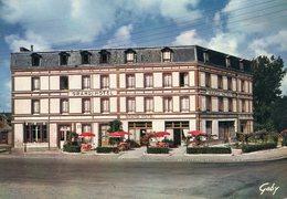 50 - COUTANCES - Le Grand Hôtel De La Gare. Restaurant. Spécialités Fruits De Mer. Tel : 7 - Coutances