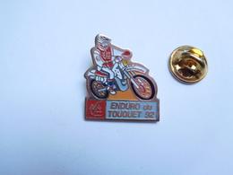 Beau Pin's , Moto , Enduro Du Touquet 1992 , Banque Caisse Epargne - Motorbikes