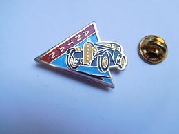 Beau Pin's , Auto Ancienne , ANTAN , Garage , Varangeville , Meurthe Et Moselle - Badges