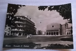 RIMINI PIAZZALE C. BATTISTI   (139) - Rimini