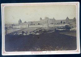 Photographie Photo Albuminée Circa 1880 Carcassonne La Cité Vue Générale ( Midi)  KX - Photos