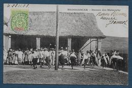 MADAGASCAR - Danses Des Makarelly - Madagascar