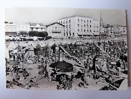 FRANCE - CHARENTE MARITIME - ROYAN-PONTAILLAC - La Plage - 1961 - Royan