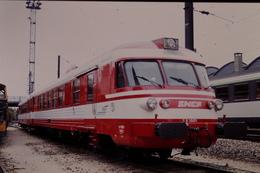 Photo Diapo Diapositive Slide Train Automotrice SNCF ETG X 1501 à La Villette Le 24/06/1996 VOIR ZOOM - Diapositives