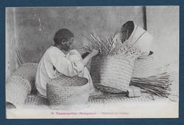 MADAGASCAR - Tananarive - Fabricant De Sobikes - Madagascar