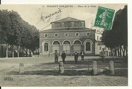 10 - NOGENT SUR SEINE / PLACE DE LA HALLE - Nogent-sur-Seine