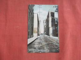 Quebec > Montreal St Peter Street    Ref 3100 - Montreal