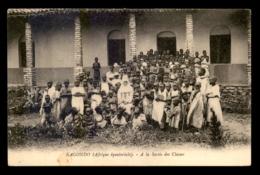 MISSIONS - RWANDA - KAGONDO - A LA SORTIE DES CLASSES - Missions