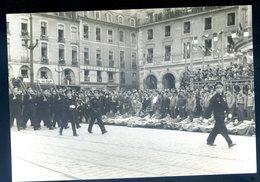 Photographie Originale Défilé De La Victoire à Rennes En Mai 1945 KX - Lieux