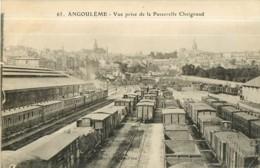 ANGOULEME - Vue Prise De La Passerelle Chaignaud - Dépôt Trains Et Wagons  De Marchandises - 2 Scans - Angouleme
