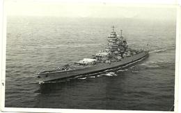 (BATEAUX  DE GUERRE )( RICHELIEU   ) FORMAT CARTE PHOTO ( MILITAIRES ) - Schiffe