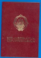 SFRJ - YUGOSLAVIA  PASSEPORT COLLECTIF - PASSPORT - ZAJEDNICKI PASOS - 14+1 PERSON 1975. - Documents Historiques