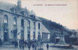 15 - LE CLAUX - La Mairie Et Le Monument - Other Municipalities