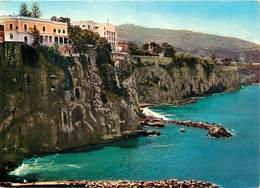 Gd Format: Env 15cms X 10cms -ref 252- Italie - Italia - Italy- Hotel Parco Dei Principi -sorrento - Carte Bon Etat - - Italy