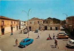 Gd Format: Env 15cms X 10cms -ref 248- Italie - Italia - Italy- Isola Capo Rizzuto - Piazza Roma  - Carte Bon Etat - - Italy