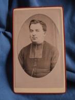 Photo CDV  Turquant  La Ferté Macé  Portrait Curé, Abbé, Religieux  CA 1880 - L406A - Old (before 1900)