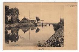 9. DENDERLEEUW  De Sluis (kaart Vertoont Slijtage Zie Scans) - Denderleeuw