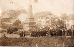 68 - MULHOUSE Carte-photo Cérémonie Monument Aux Morts Photo Albietz Ex-aviateur 1918 ? - Mulhouse