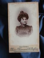 Photo CDV Marnas Et Dufour à St Etienne - Femme Au Chignon Circa 1900 L409 - Anciennes (Av. 1900)