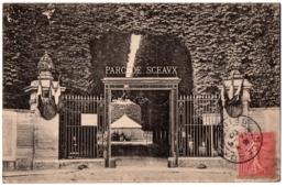 CPA 92 - SCEAUX (Hauts De Seine) - Grille De L'Entrée Du Parc De Sceaux - Sceaux