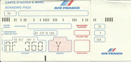 AIR FRANCE - Carte D'Embarquement/Boarding Pass - 1988 - FORT-DE-FRANCE / PARIS - Boarding Passes