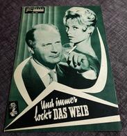 """BRIGITTE BARDOT In """"Und Immer Lockt Das Weib"""" Mit Curd Jürgens ...   NFP-Filmprogramm Von 1957   Fp0141 - Magazines"""