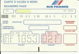 AIR FRANCE - Carte D'Embarquement/Boarding Pass - 1988 - PARIS / TOULOUSE - Boarding Passes