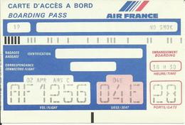 AIR FRANCE - Carte D'Embarquement/Boarding Pass - 1994 - PARIS / AMSTERDAM - Boarding Passes