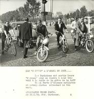 ( PARIS )(  MOTOS )( GREVE RATP  ) 1970 ( EVENEMENTS ) - Cyclisme
