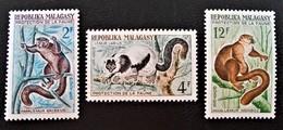 LEMURIENS 1961 - NEUFS * - YT 357/59 - MI 467/69 - Madagascar (1960-...)