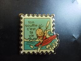 PIN'S Verni CANOE KAYAK - Le Souffle C'est La Vie ! @ 21 Mm X 21 Mm - Canoeing, Kayak