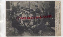 BELGIQUE- BATAILLE DE L' YSER- GUERRE 1914-1918- LES VAILLANTS BELGES MAIS BON COEUR OFFRENT LE CAFE A UN OFFICIER PRISO - Autres