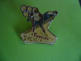 PIN'S FONCINE SYLVAIN Guillaume Médaille Argent J.O Jeux Olympiques D'Hiver Albertville Courchevel 1992 @ 25 Mm X 25 Mm - Jeux Olympiques