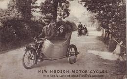 228 H  CPA  New Hudson Motor Cycles Mote Side Car Carte Bon état - Motos