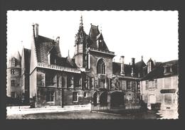 Bourges - Palais Jacques-Coeur - La Façade - Bourges