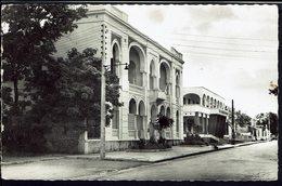 """DIEGO-SUAREZ  """"Le Cercle De La Marine Et La Banque De Madagascar"""" Ed. Richebois - B/TB - - Madagascar"""