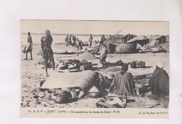 CPA FORT  LAMY, UN MARCHE SUR LES BORDS DU CHARI - Chad