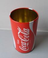 - Pot à Crayons. COCA COLA - - Coca-Cola