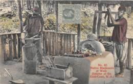 Ghana / Ethnic - 22 - Native Blacksmith At Work - Défaut - Décollée - Ghana - Gold Coast