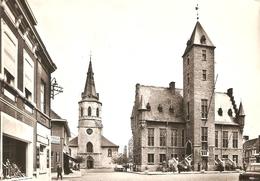 Bornem : Kerk En Gemeentehuis - Bornem