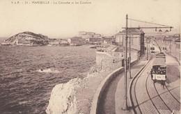 13 - Bouches-du-Rhône - Marseille - La Corniche - Les Catalans - La Ligne De Chemin De Fer Animée Par Le Train - Marseilles