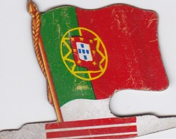 Figurine Publicitaire Biscuits L'Alsacienne Petit-Exquis - Drapeau - Mozambique - Années 60/70 - Tôle - Africorama - Publicité