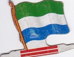 Figurine Publicitaire Biscuits L'Alsacienne Petit-Exquis - Drapeau - Sierra Leone - Années 60/70 - Tôle - Africorama - Publicidad