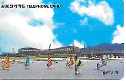 CARTE -MAGNETIQUE-COREE-PLANCHES A VOILE/Derriere STADE Olympique-TBE - Corée Du Sud
