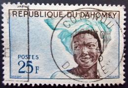 1960-1963  Dahomey Yt 155, Mi 172 .Village GANVIE  / Yt 177, Mi 205 Oblitération COTONOU . 2 Timbres 2 Scans - Benin - Dahomey (1960-...)
