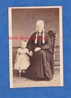 Photo Ancienne CDV Vers 1865 - DIEPPE - Beau Portrait D'une Dame & Sa Petite Fille - Coiffe Folklore Normand Parkinson - Anciennes (Av. 1900)